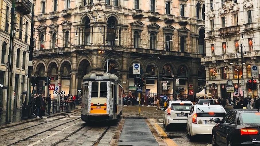 Lombardia, fino a 8.000 euro di bonus per cambiare auto