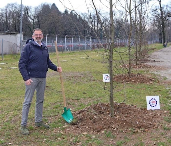 Pietro Benvenuti, Direttore Generale dell'Autodromo di Monza, intervenuto alla posa piante nella giornata del risparmio energetico e degli stili di vita sostenibili