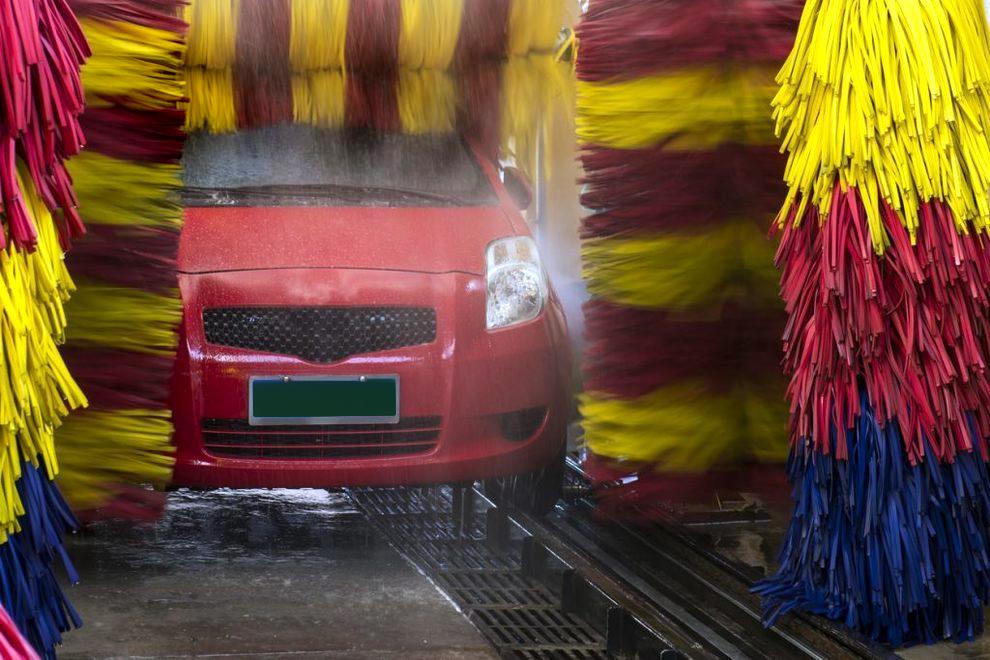 Fase 2: finalmente si può lavare l'auto