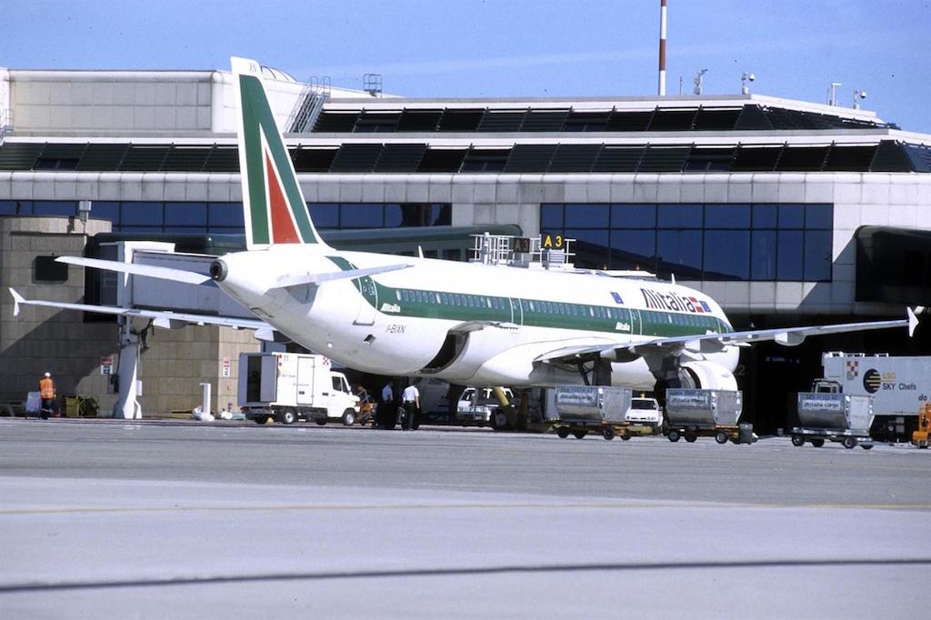 Aeroporto, Hub Alitalia