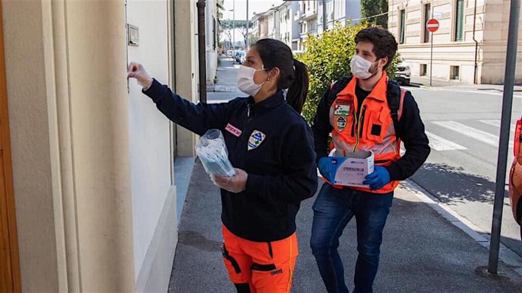 Pavia: 165mila mascherine gratuite, come prenotarle